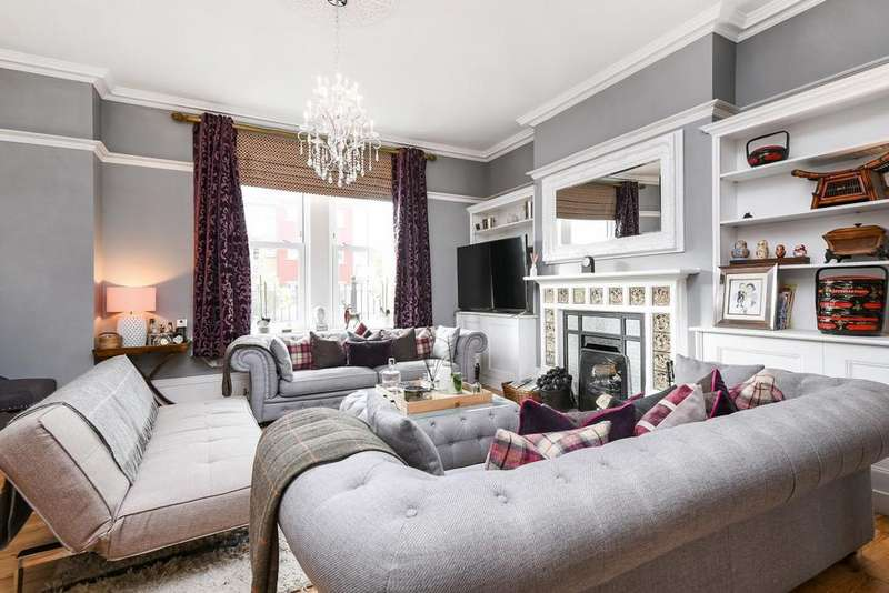 5 Bedrooms Terraced House for sale in Tweedy Road, Bromley