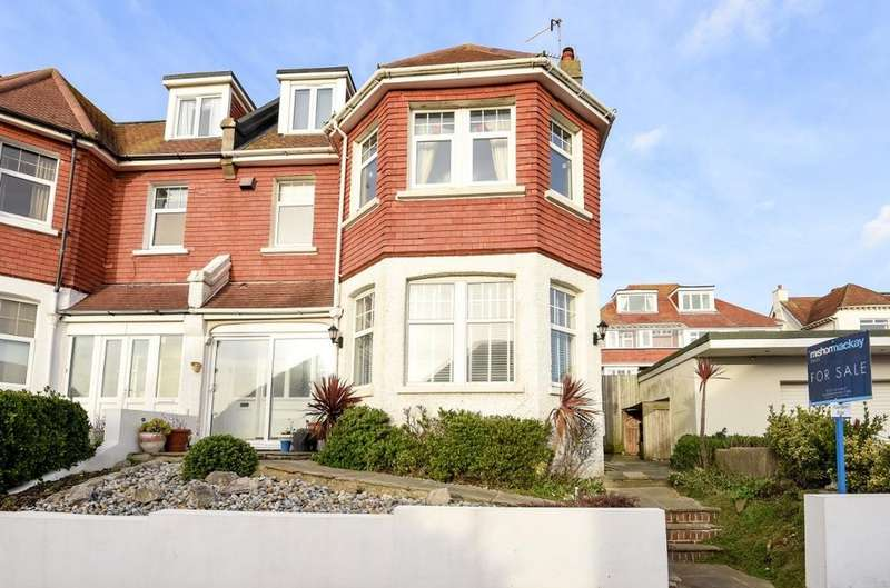 3 Bedrooms Flat for sale in The Cliff Brighton BN2