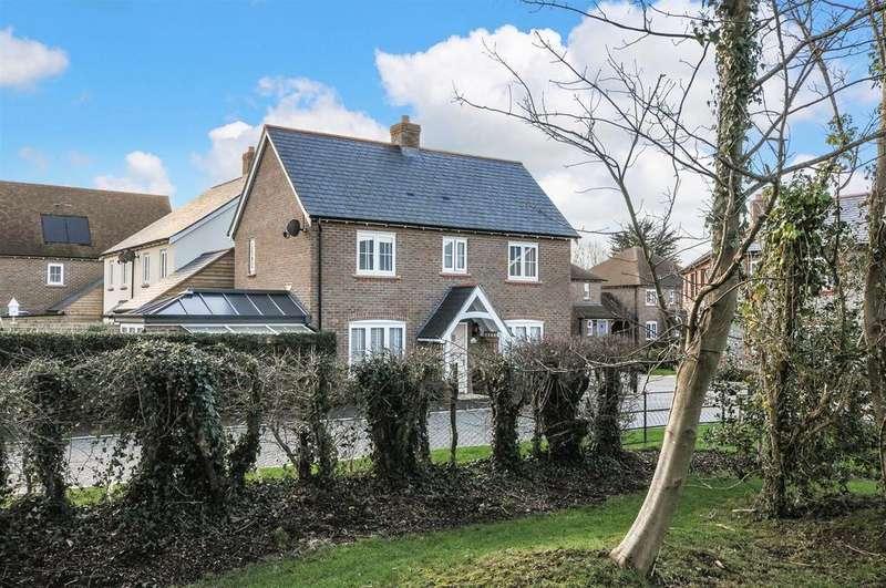 3 Bedrooms Detached House for sale in Fieldfare Lane, Barnham