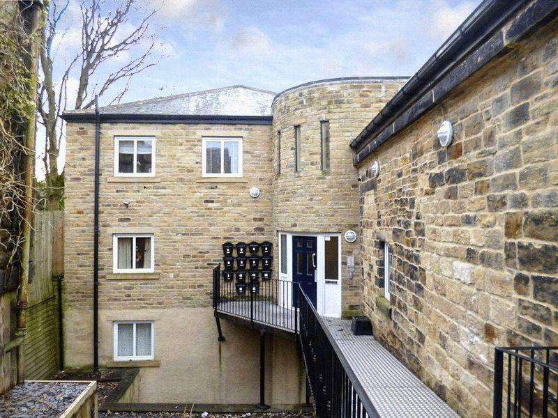 2 Bedrooms Apartment Flat for sale in The Old Sunday School, Dryden Street, Bingley
