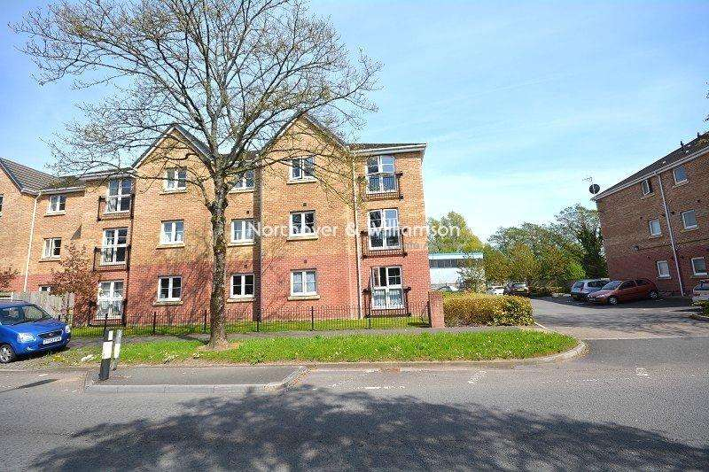 1 Bedroom Flat for sale in Greenway Road, Rumney, Cardiff. CF3