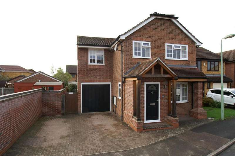 4 Bedrooms Detached House for sale in Guy Cook Close, Great Cornard, Sudbury CO10