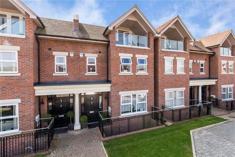 5 Bedrooms Terraced House for sale in Green Lawns Close, Harpenden, Hertfordshire