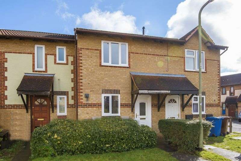 2 Bedrooms Property for sale in Spruce Drive, Bicester