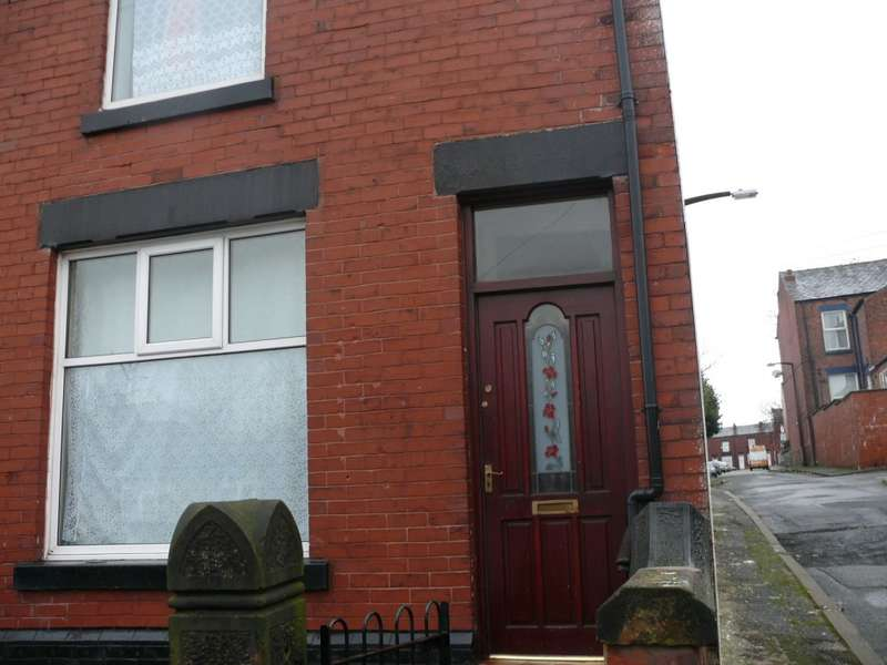 3 Bedrooms End Of Terrace House for sale in Trafford Street, Farnworth, Bolton, BL4