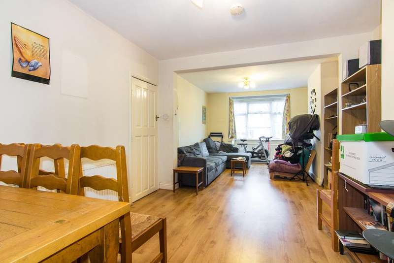 3 Bedrooms House for sale in Long Drive, Greenford
