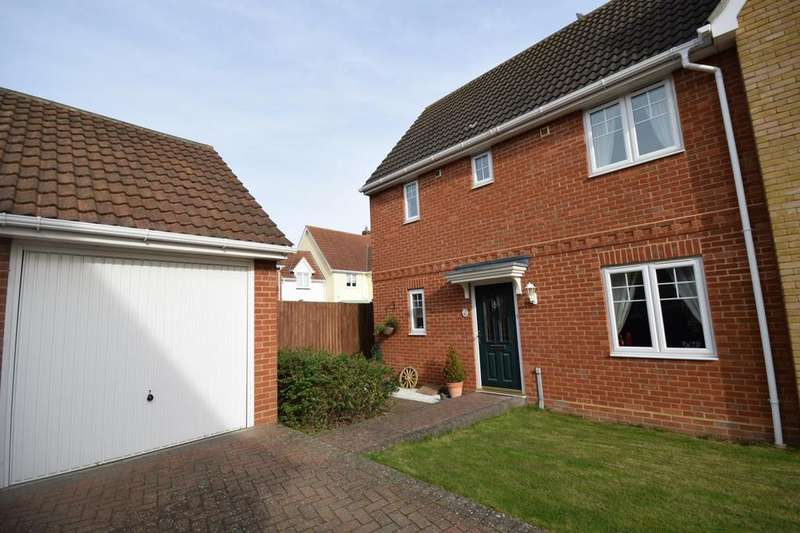 3 Bedrooms Semi Detached House for sale in Hazel Close, Dunmow, Essex, CM6