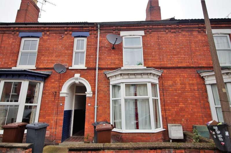 3 Bedrooms Terraced House for sale in Foster Street, Lincoln