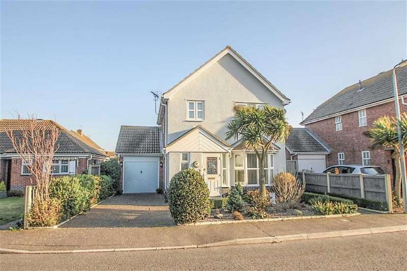 3 Bedrooms Detached House for sale in Shoreham Road, Clacton-On-Sea