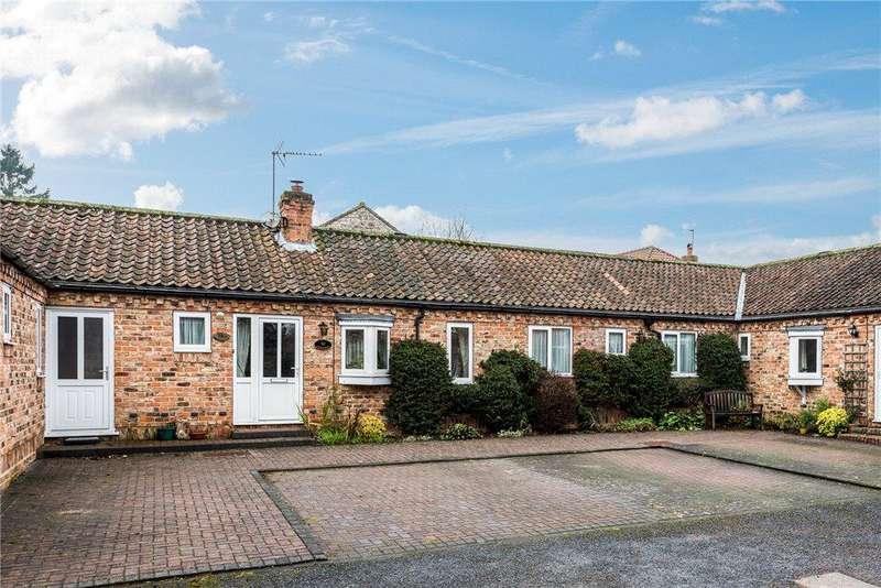 3 Bedrooms Unique Property for sale in Home Farm Court, Church Street, Goldsborough, Knaresborough