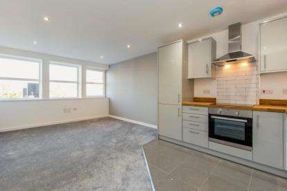 1 Bedroom Flat for sale in London Road