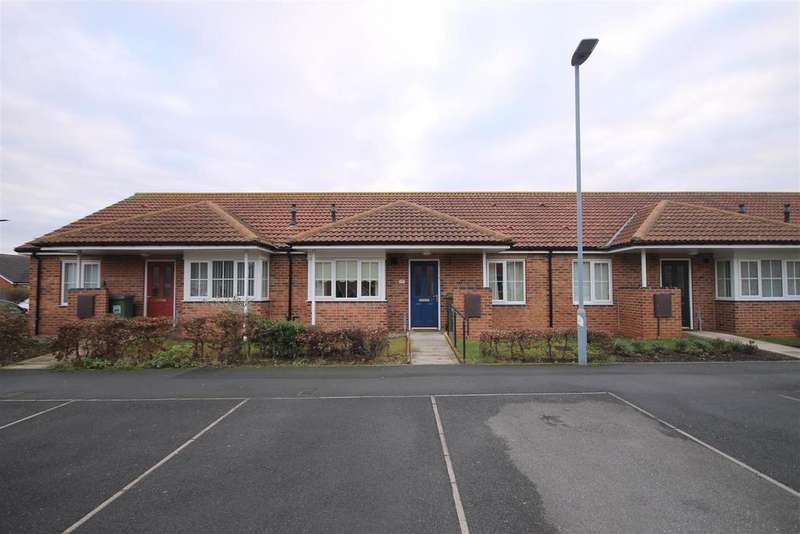 2 Bedrooms Terraced Bungalow for sale in Hartoft Square, Trinity Square, Hartlepool