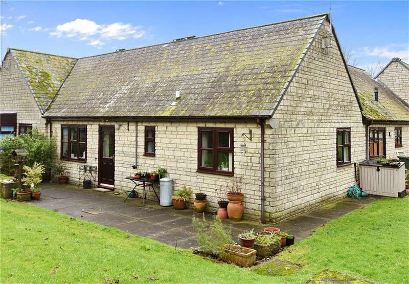 2 Bedrooms Bungalow for sale in Shepard Way, Chipping Norton, Oxfordshire