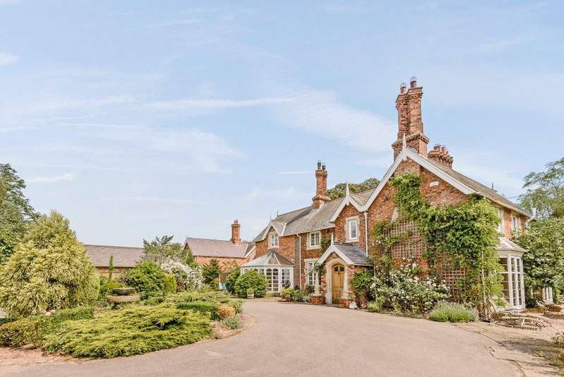 5 Bedrooms Detached House for sale in The Old Vicarage, Main Road, Thornton, Horncastle, LN9