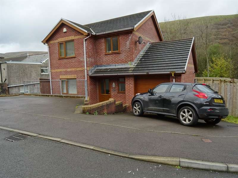 3 Bedrooms Detached House for sale in Cwrt Ty Mawr, Ogmore Vale, Bridgend, CF32 7EQ