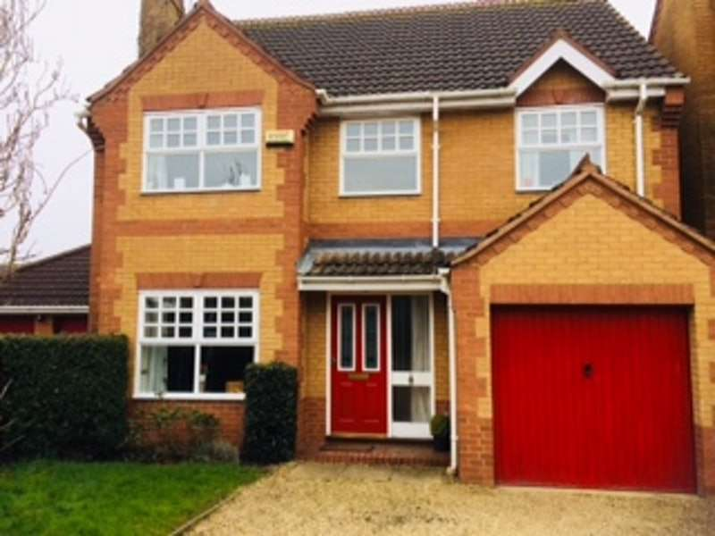 4 Bedrooms Detached House for sale in Petworth Close, Market Deeping, Lincolnshire, PE6