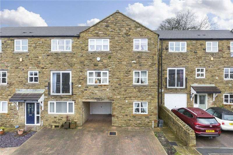 4 Bedrooms Semi Detached House for sale in Merrall Close, Haworth, Keighley, West Yorkshire