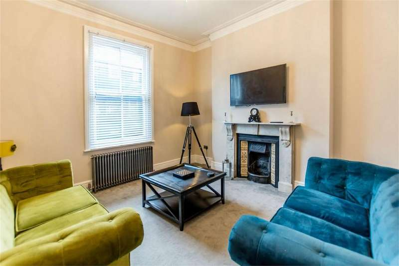 3 Bedrooms Terraced House for sale in The Mount, York