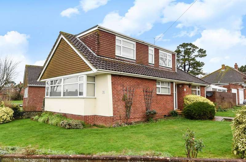 4 Bedrooms Detached Bungalow for sale in Birch Tree Drive, Emsworth, PO10