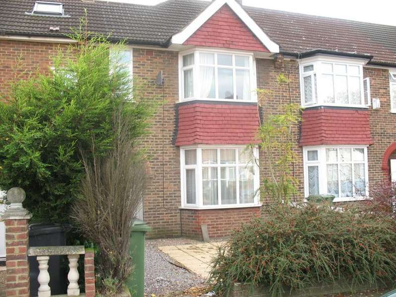 3 Bedrooms Terraced House for sale in Southpark Crescent, Catford, London, SE6
