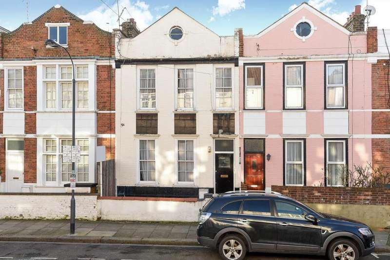 4 Bedrooms Terraced House for sale in Anselm Road, Fulham