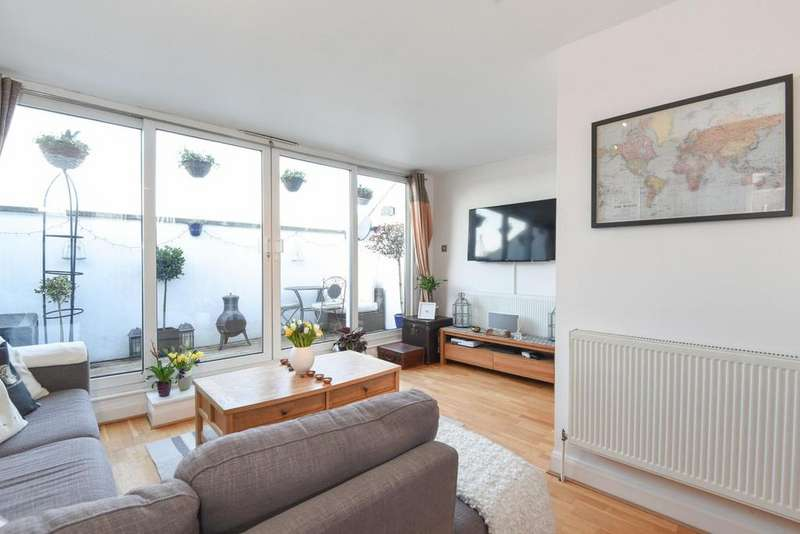 2 Bedrooms Flat for sale in Medina Road, Holloway