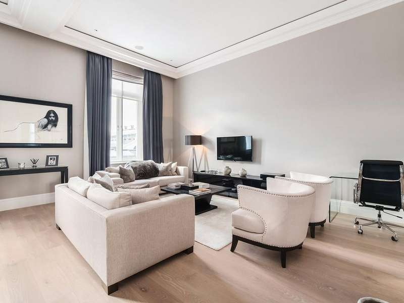 3 Bedrooms Apartment Flat for rent in The Piazza, Covent Garden, WC2E