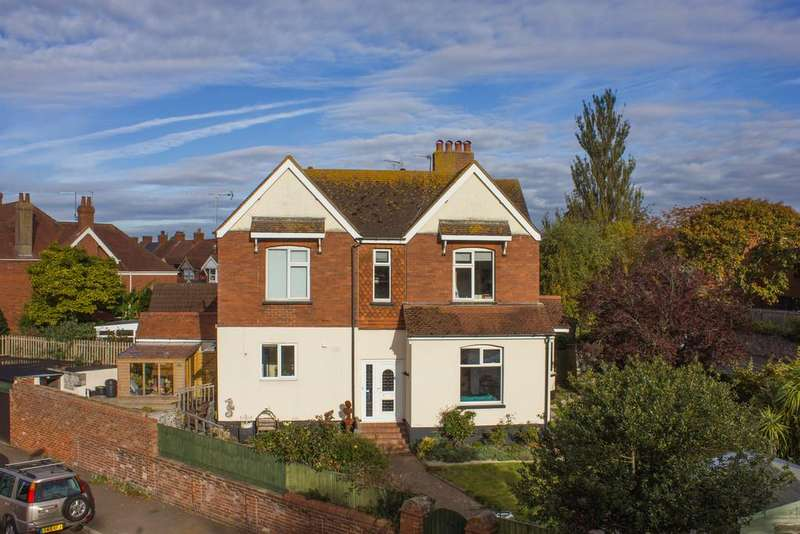 4 Bedrooms Detached House for sale in Lyndhurst Road, Exmouth