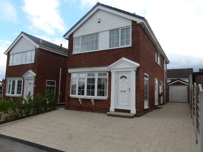 4 Bedrooms Detached House for sale in Laurel Court, Ossett WF5