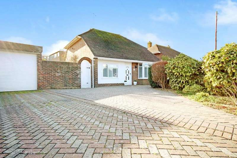 2 Bedrooms Detached Bungalow for sale in Rosecroft Close, Lancing, BN15 9HL