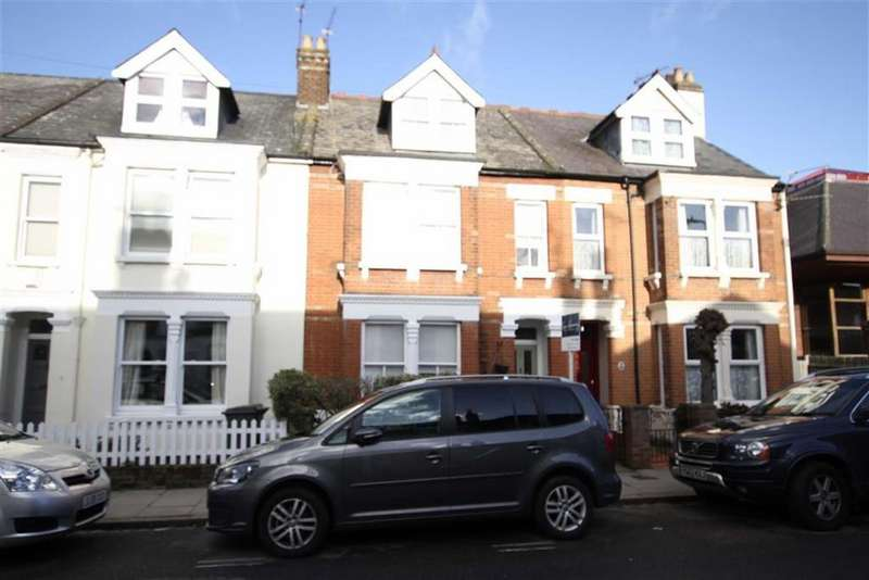 4 Bedrooms Terraced House for sale in Carnarvon Road, High Barnet, Herts, EN5