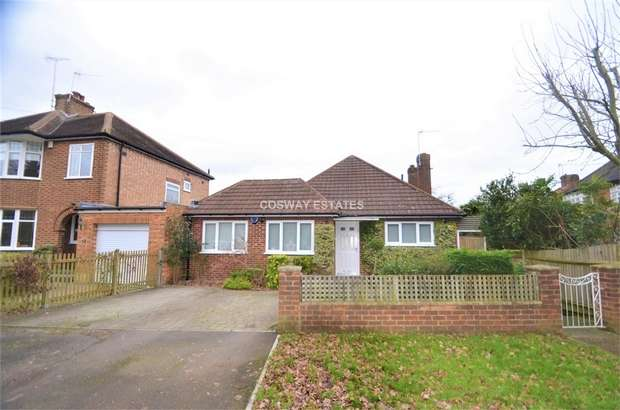 4 Bedrooms Detached Bungalow for sale in Ashley Walk, Mill Hill, NW7