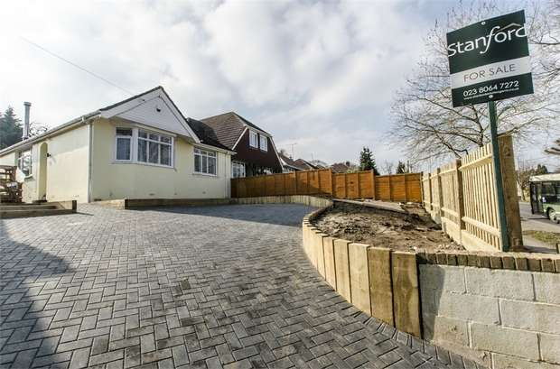 2 Bedrooms Semi Detached Bungalow for sale in Leigh Road, Chandlers Ford, EASTLEIGH, Hampshire