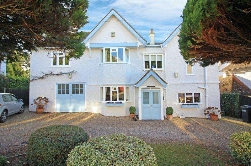 6 Bedrooms Detached House for sale in Purley Downs Road, Sanderstead, Surrey