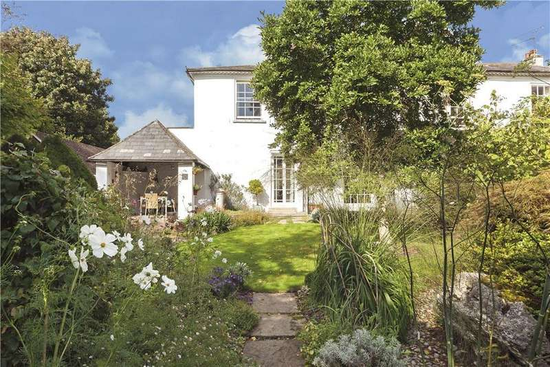 3 Bedrooms Semi Detached House for sale in Liphook, Hampshire, GU30