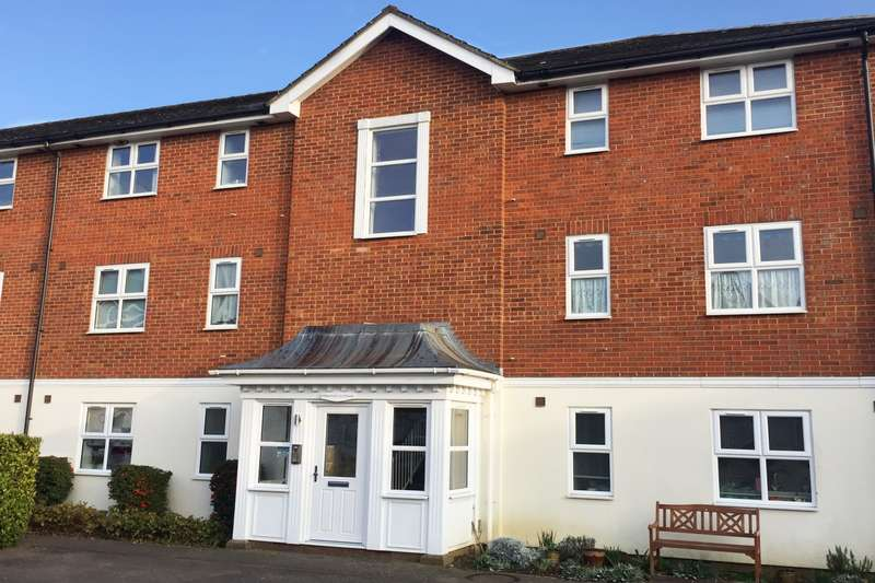 1 Bedroom Flat for sale in Whinchat, Aylesbury, HP19
