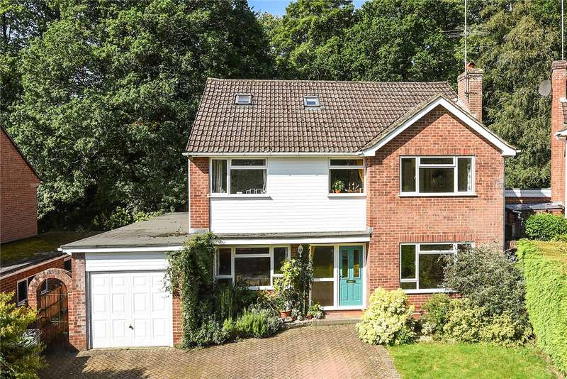 5 Bedrooms Detached House for sale in Highbury Crescent, Camberley, Surrey, GU15