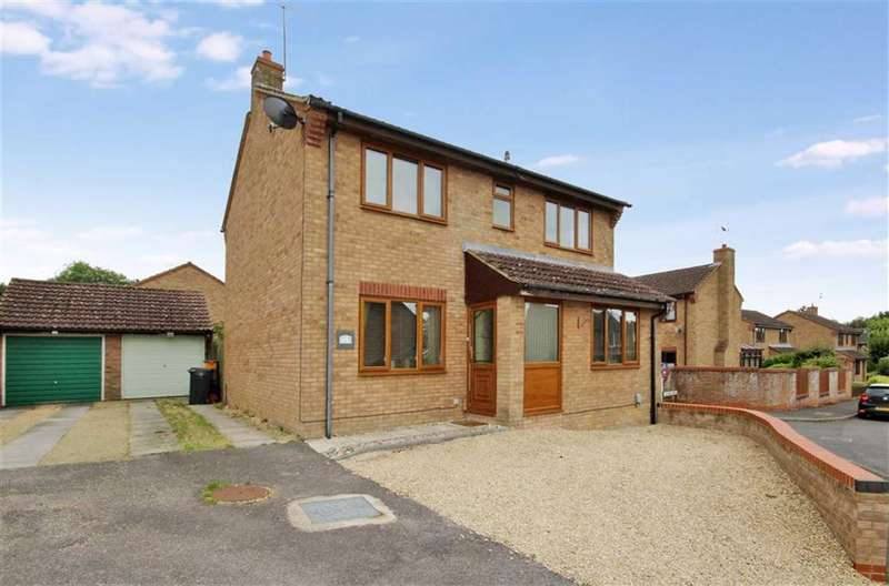 4 Bedrooms Detached House for sale in Angler Road, Swindon, Wiltshire