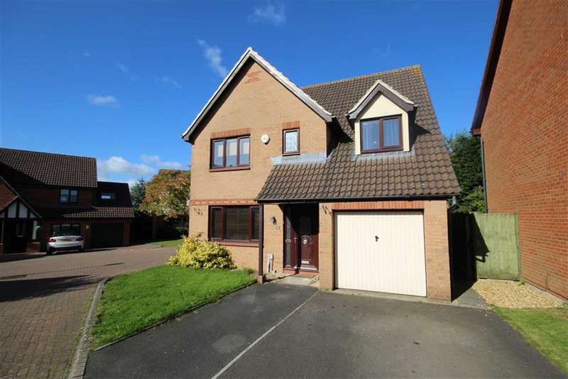 4 Bedrooms Detached House for sale in Nolan Close, St Andrews Ridge, Swindon