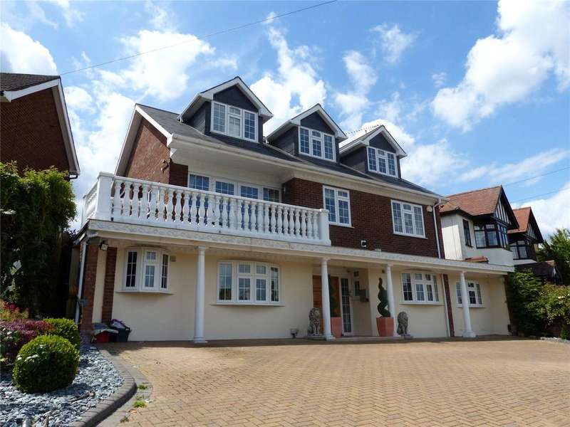 6 Bedrooms Detached House for sale in Spring Grove, Loughton, Essex, IG10