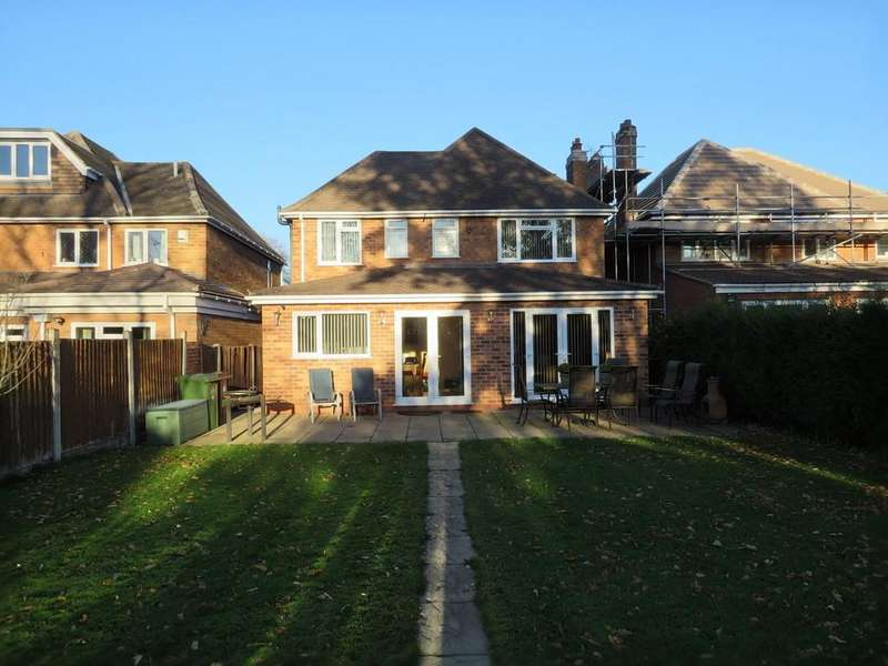 4 Bedrooms Detached House for sale in Kingslea Road, Solihull