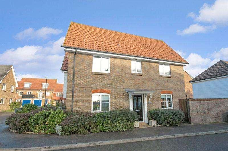 3 Bedrooms Terraced House for sale in Baker Crescent, Dartford