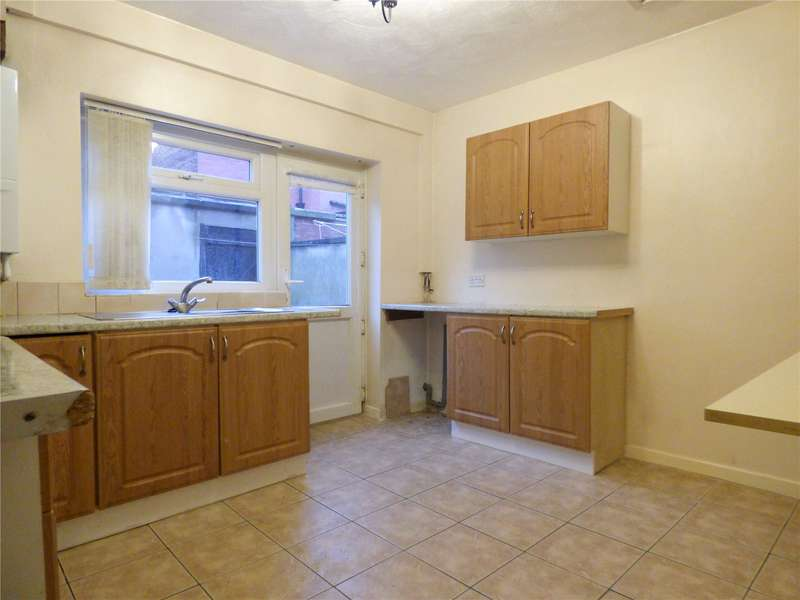 1 Bedroom Terraced House for sale in Alexandra Street, Ashton-under-Lyne, Greater Manchester, OL6