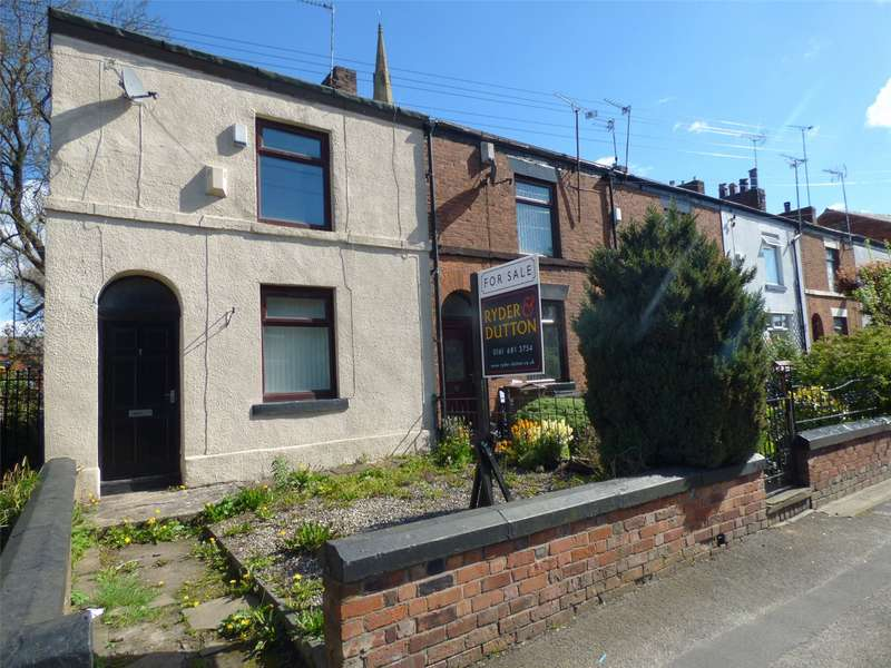 3 Bedrooms End Of Terrace House for sale in Pole Lane, Failsworth, Manchester, M35