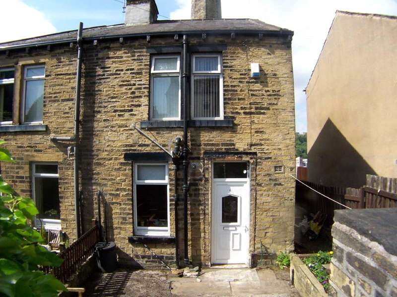 2 Bedrooms Semi Detached House for sale in Woodside Mount, Boothtown, HALIFAX, West Yorkshire, HX3