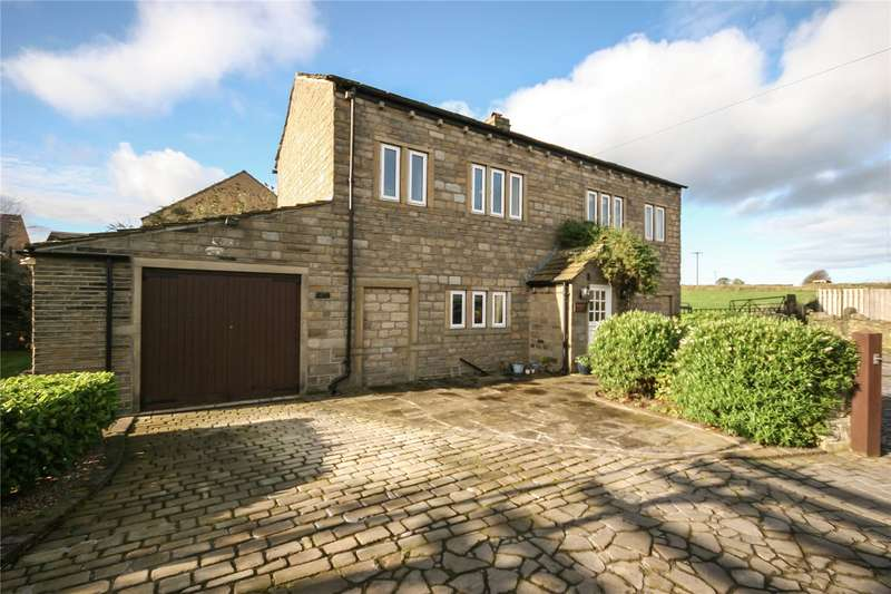 4 Bedrooms Detached House for sale in Farmhouse Court, Huddersfield, West Yorkshire, HD4