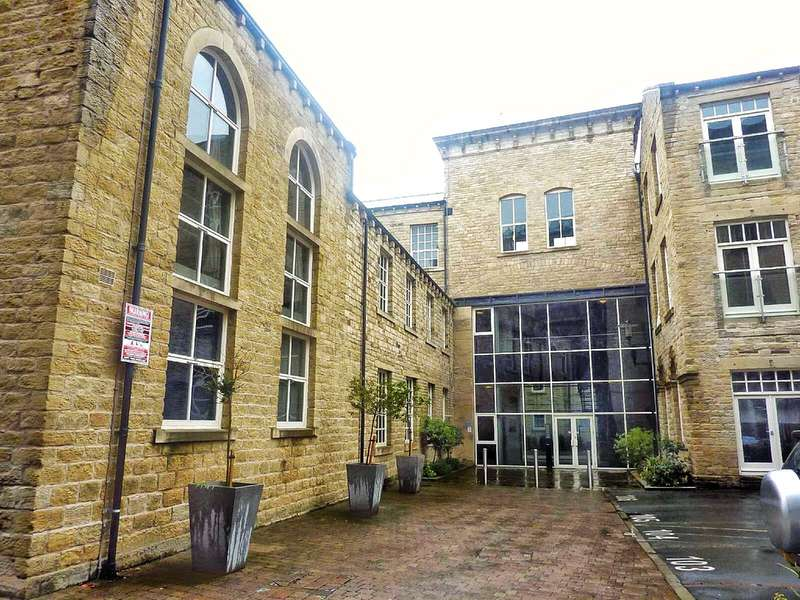 2 Bedrooms Apartment Flat for sale in The Melting Point, Firth St, Huddersfield, HD1