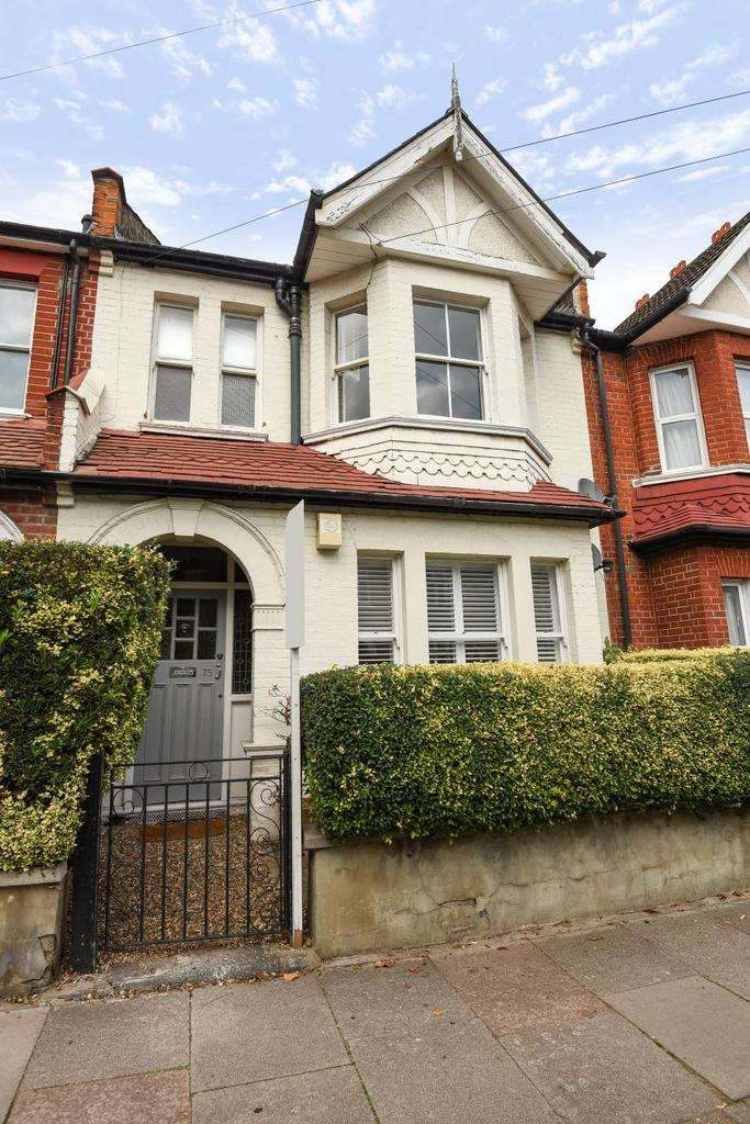1 Bedroom Flat for sale in Pirbright Road, Southfields