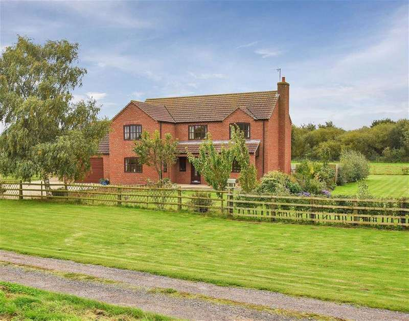 4 Bedrooms Detached House for sale in Saxilby Road, Saxilby, Lincoln, Lincolnshire