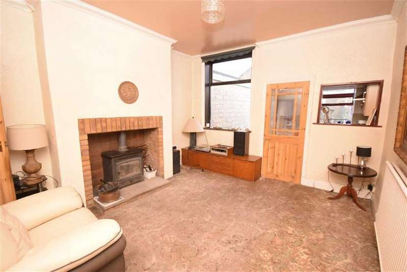 3 Bedrooms Terraced House for sale in Keighley Road, Colne, Lancashire